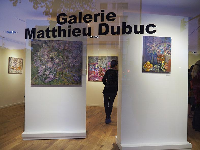 Finishing the preview of Nikolai Kuzmin's exhibition in the Matthieu Dubuc gallery, in 2015, at the same time as the inauguration of the new gallery.